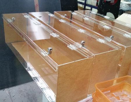 acrylic_cabinets